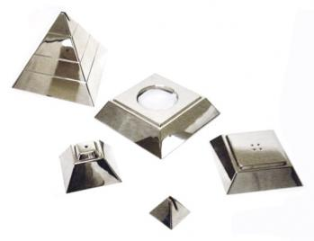 4 In 1 Pyramid Tabletop Gift